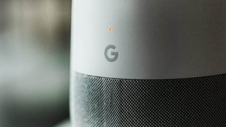 Как сделать Google Home и Alexa безопасными для детей