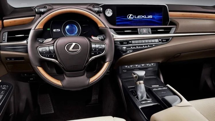 Lexus LX 2