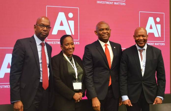 Mr. Tony Elumelu, Chairman Heirs Holdings and recipient of the 'Person of the year' award (3rd left) flanked by other award recipients; Mr. Bob Collymore, CEO Safaricom (left), Ms. Vicki Fuller, CIO, New York State Common Retirement Fund (2nd left) and Dr Daniel Matjila, CEO, Public Investment Corporation of South Africa at the AI Investment Summit in New York ..Monday.