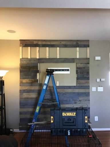 pallet wall steps