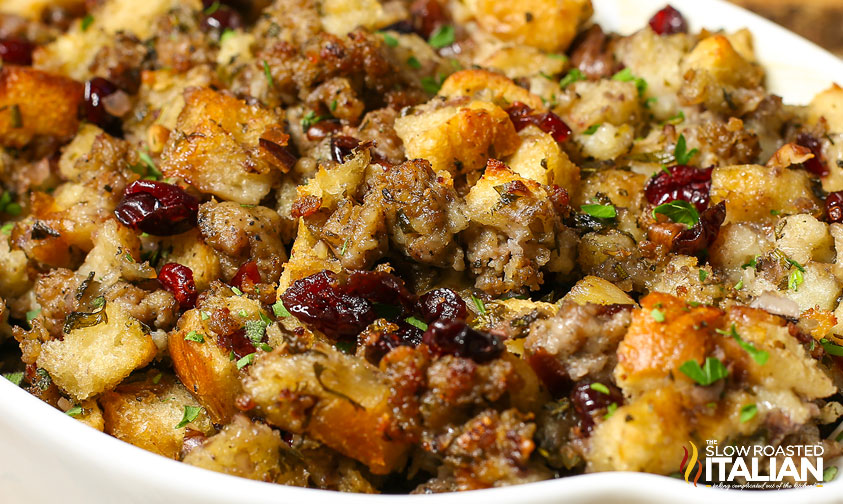10 of the Most Pinned Thanksgiving Stuffing Recipes   Money Saving     cranberryapplestuffing