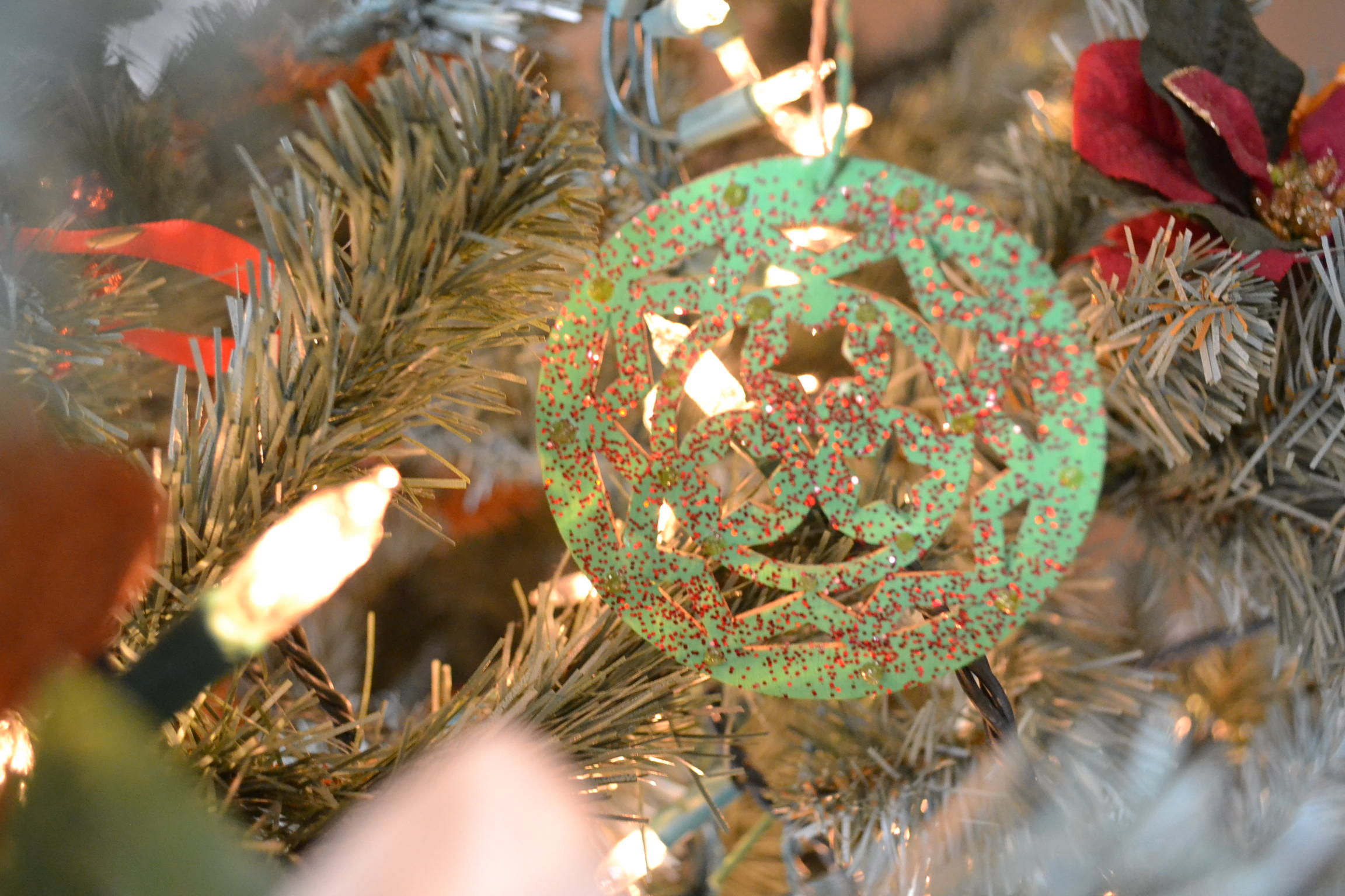 paint and glitter wooden ornament | Money Savvy Living