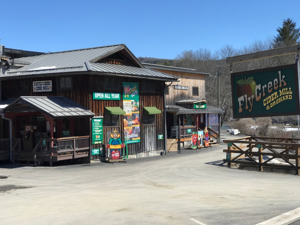 Planning Your Trip to Cooperstown, NY and the Baseball Hall of Fame // Fly Creek Cider Mill #CNY #apples #cidermill