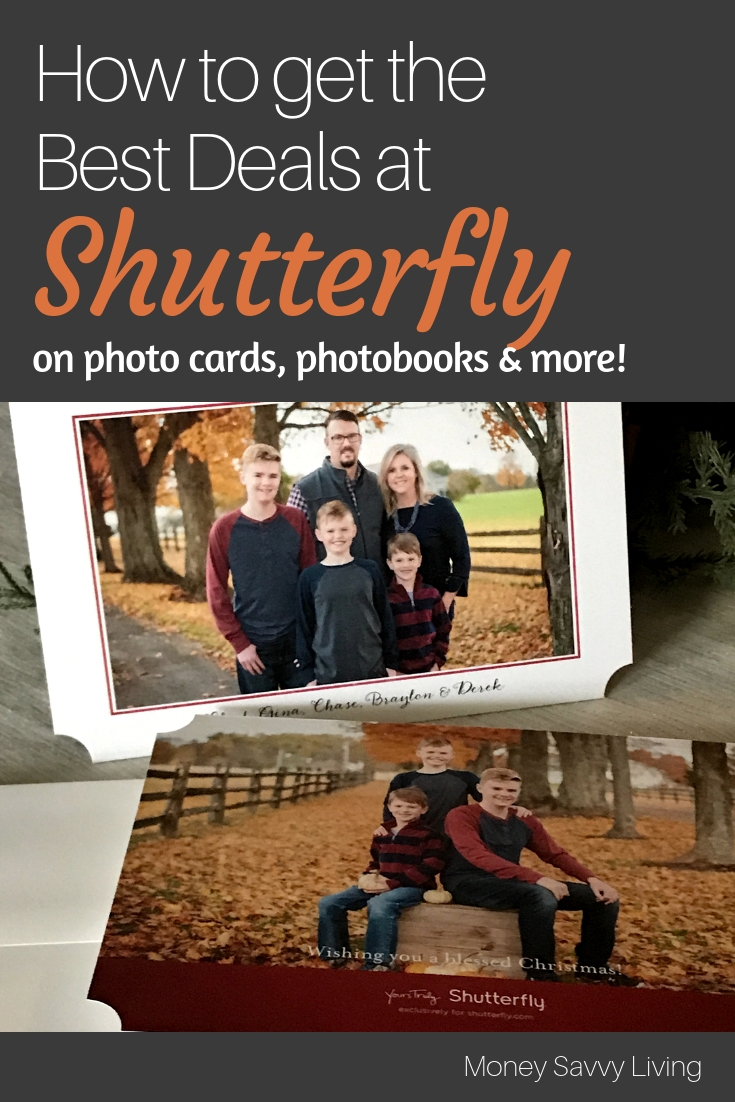 Getting ready to make a photo Christmas Card to send to all your family and friends? Want to save a little money too?? Here's How to get the Best Deals on Photo Cards, Photobooks, and Gifts from Shutterfly #christmas #Shutterfly #ChristmasCards #photocards #photobooks #shutterflydeals #shutterflycoupon
