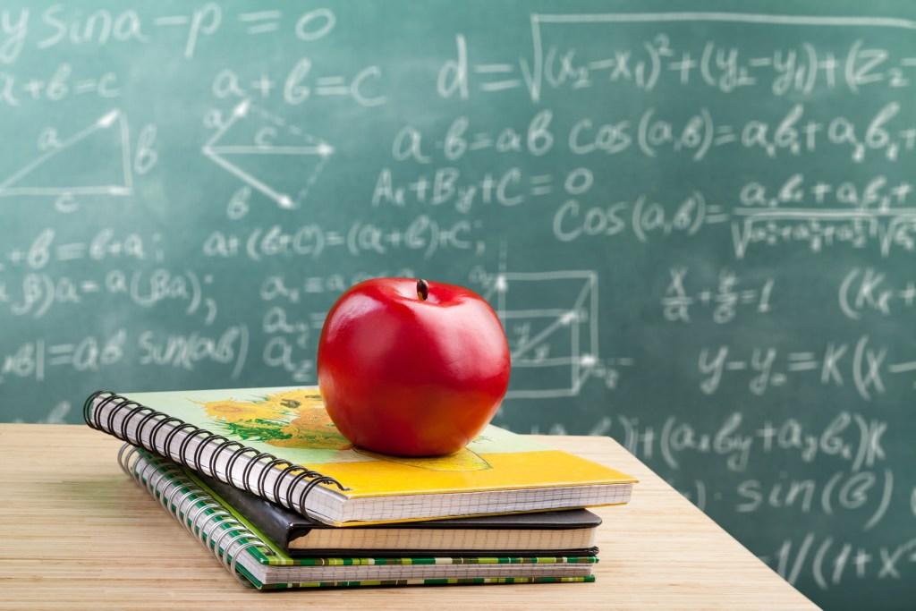 Best websites and smartphone apps to help solve math problems #math #mathproblemsolver #mathwebsites #algebra #goemetry #mathhelp #homeschool #mathresources