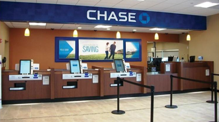 Chase College Checking℠ Review: $100 Sign-Up Bonus Offer