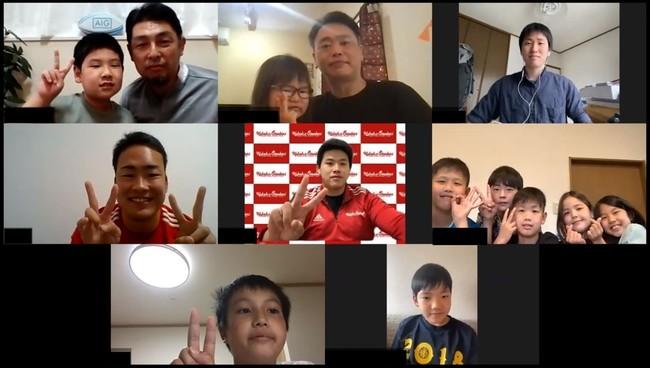 石切東タグラグビーチームと 今村選手、井上選手との記念撮影