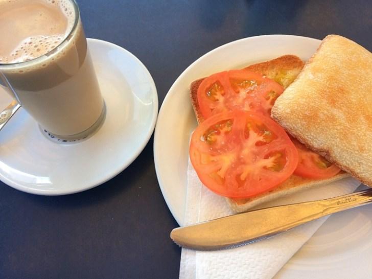 スペイン朝食 トスターダ ヘレス