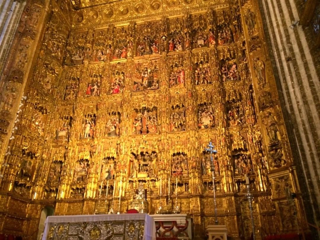 セビリア大聖堂の黄金祭壇