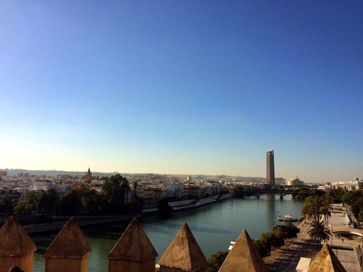 セビリアの黄金の塔頂上からの眺め