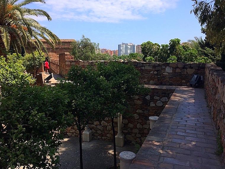マラガのアルカサバの城壁