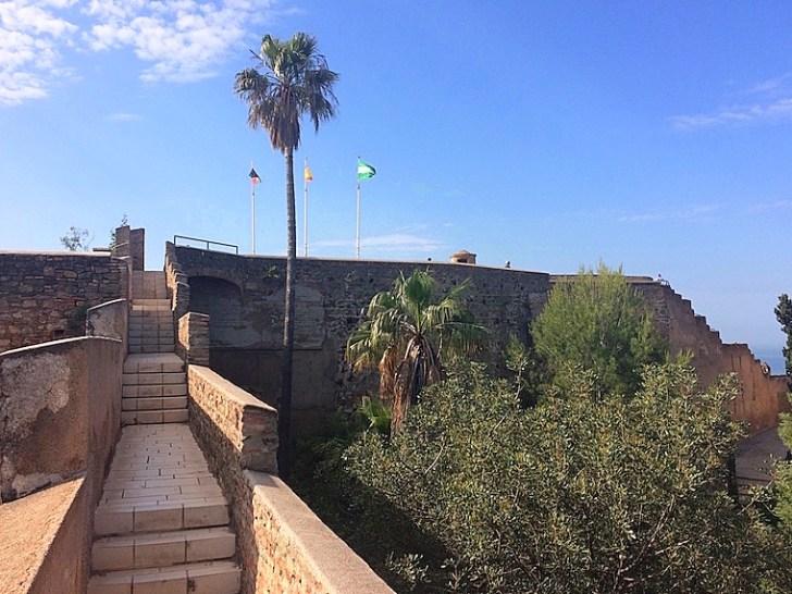 マラガのヒブラルファロ城の城壁