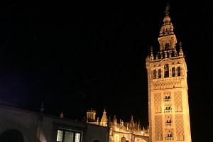 屋上テラスから見える夜景でテンション上がるセビリアのホテル3選