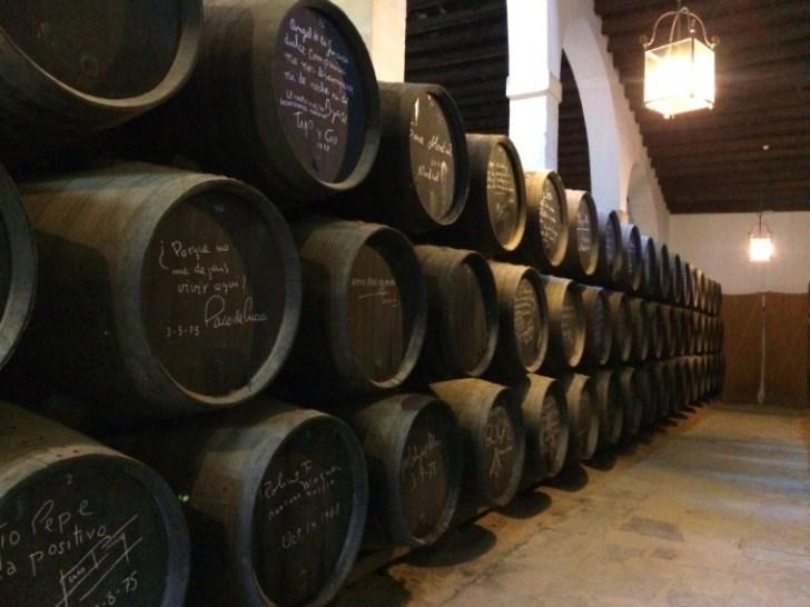 ヘレスのシェリー酒のボデガ見学のパコデルシアの樽