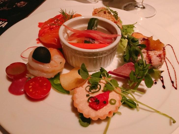 新宿ガルロチのレストランコース料理