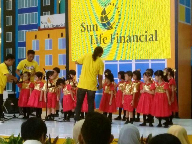 Paduan Suara Anak-anak di Sun Life Edufair 2017