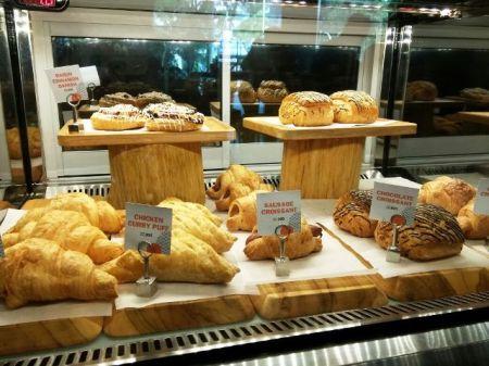 Roti di Maxx Corner
