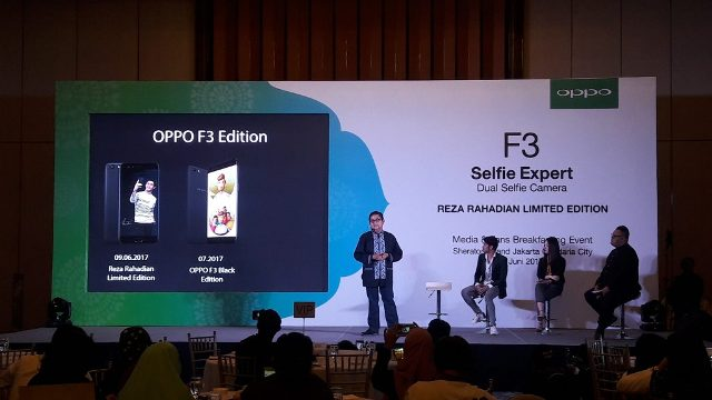 Talkshow OPPO F3 Reza Phone Limited Edition