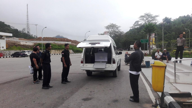 Proses Imigrasi PLBN Entikong untuk Kepulangan Jenasah