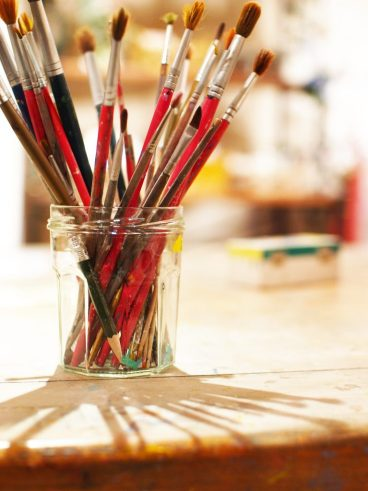 what is tempera paint brushes