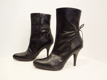 Gianni Bini Black Leather Bootie - $79