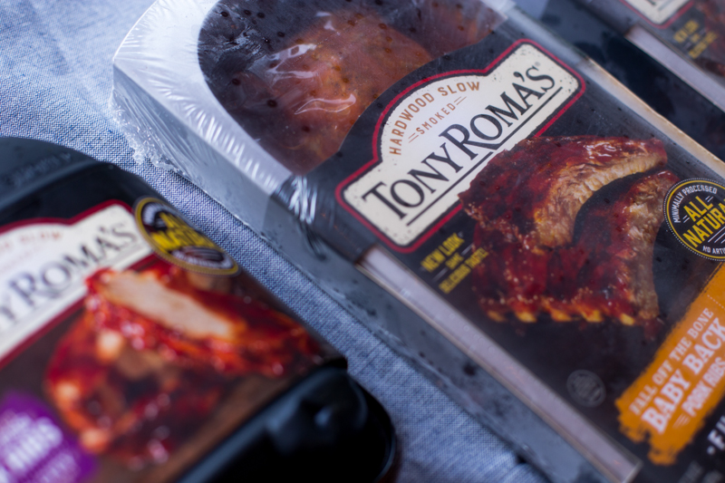 Tony Romas packaging