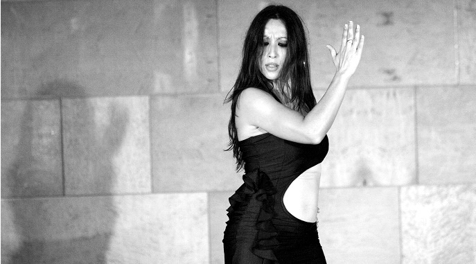 Quien soy   Compromiso   Trayectoria   Web oficial de Mónica Tello