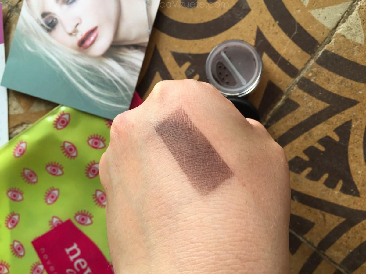 Monica-Vizuete-Neve-cosmetics-review-sombras