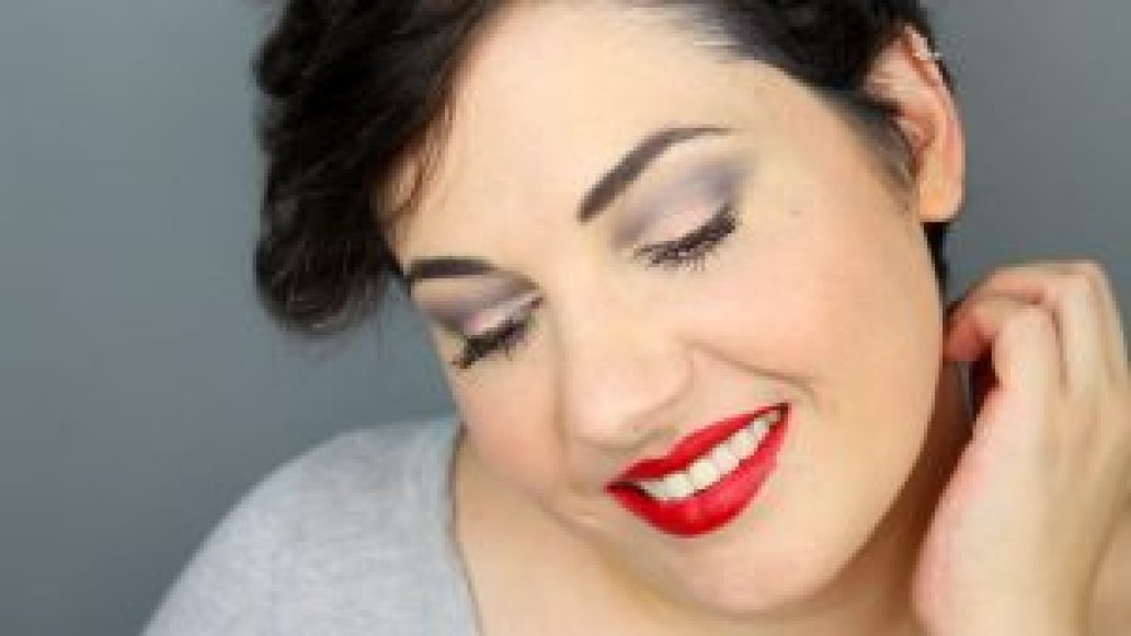 monica-vizuete-labial-M.A.C.Cosmetics-viva-glam