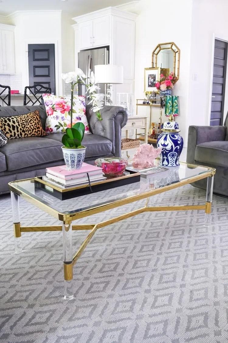 5 chic glam coffee table decor ideas