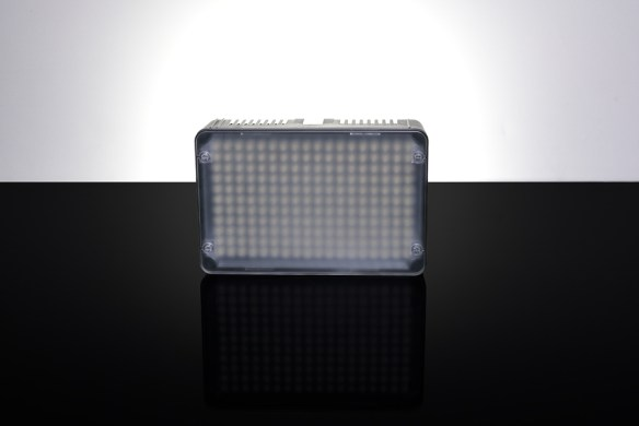 Aputure AL-H198 with standard diffuser