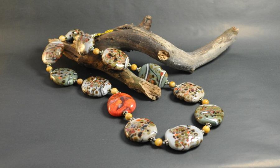 Collier aus Glas, 925er Silber und Jaspis