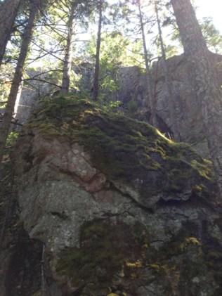 cliff below SugarloafSummit2