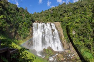 2 New Zealand Waterfalls 1