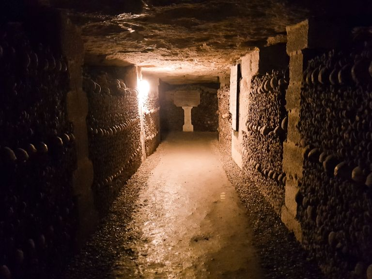 Catacombs of Paris 3