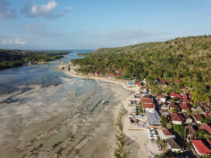 Nusa Ceningan Bali Drone Yellow Bridge Beach