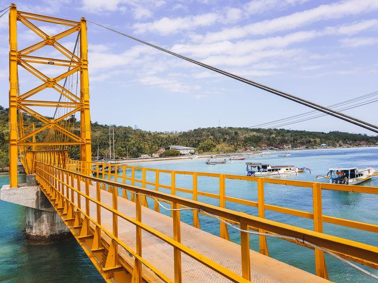 Explore Nusa Lembongan Bali Indonesia Yellow Bridge