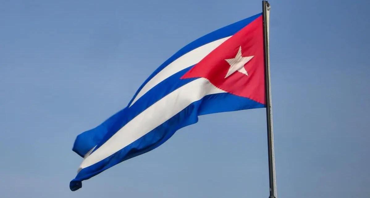 Cuba levanta restricciones y permite la compra de autom?viles en d?lares, veh?culos en divisas extranjeras, rebaja del 10% en los veh?culos