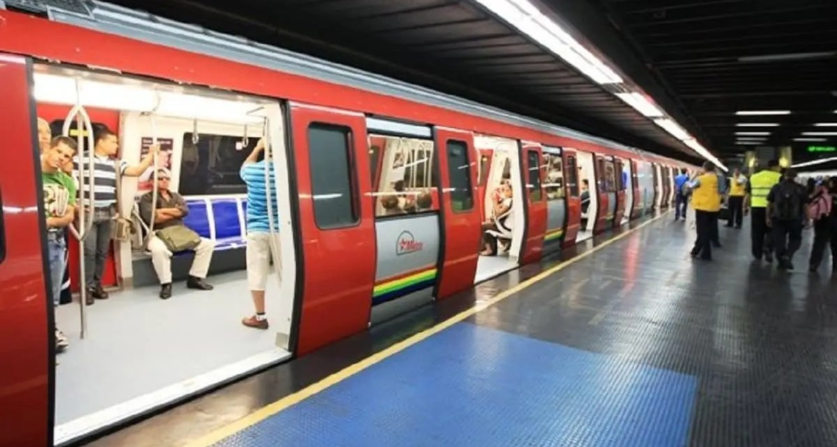 Metro de Caracas caos
