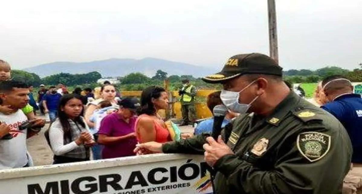 """Colombia cierra frontera con Venezuela por coronavirus, Este s?bado 14/03 Delcy Rodriguez, vicepresidenta, calific? la medida como un """"acto de irresponsabi"""