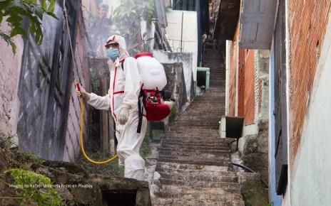 OMS se?ala que rociar desinfectante no mata el virus