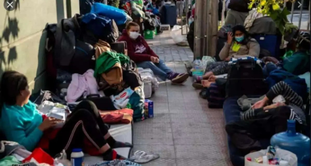 El Canciller Chileno Teodoro Ribera le solicit? al Consulado de Venezuela que se haga responsable de darle protecci?n a sus migrantes Venezolanos.