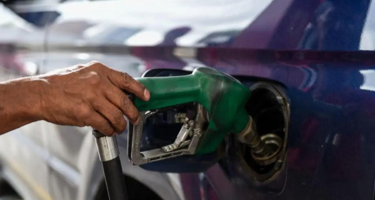 Rafael Quiroz: Sin producción autónoma de gasolina, seguirá la importación