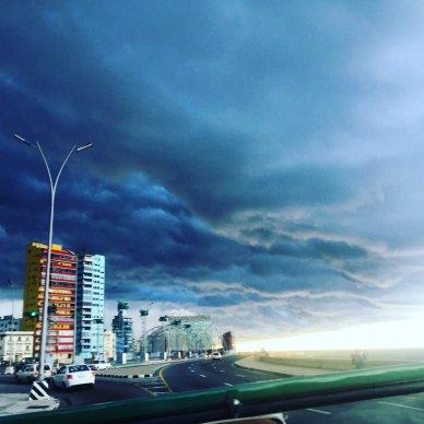 monitoringme-mm-cuba-lahavana-malecon-storm-2016