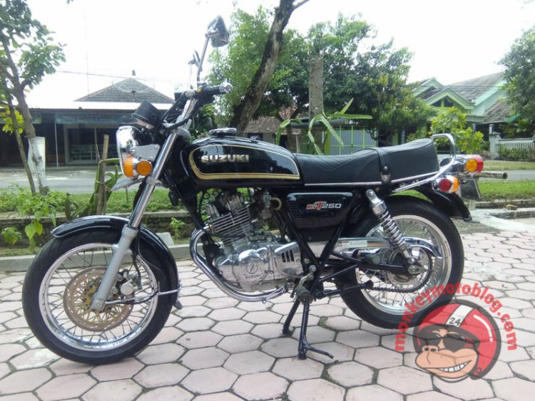 Thunder 250 cafe retro-16