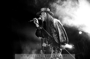 2010-12-27_Fields_Of_The_Nephilim_-_Bild_009x.jpg