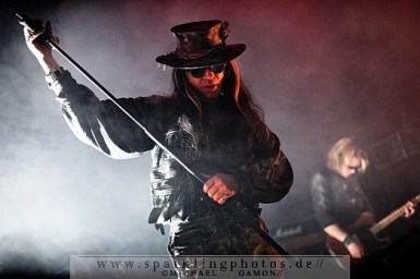 2010-12-27_Fields_Of_The_Nephilim_-_Bild_019x.jpg