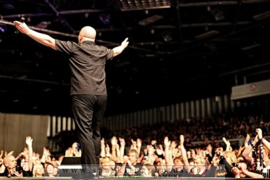 2010-12-30_VNV_Nation_-_Bild_013x.jpg