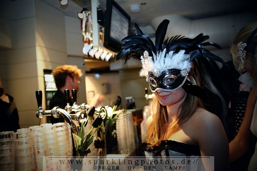 Opening_Night_(Bal_du_masque)_(16)_1.jpg