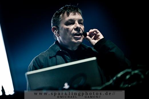 2011-10-30_Sinners_Day_-_Karl_Bartos_-_Bild_005x.jpg